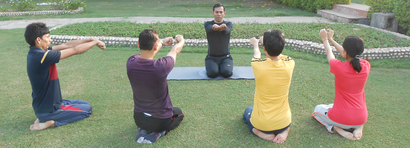 group yoga classes in gurgaon